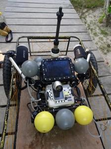 Engin d'assistance (appareil photo, tablette sous-marines et capteurs de positionnement)